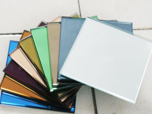 1.5mm 1.8mm, 3mm-6mm Decorative Colored Aluminium Silver Mirror pictures & photos