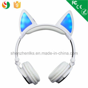 Patented Sport OEM Cat Ear Glowing Headphones Handsfree Bluetooth Wireless pictures & photos