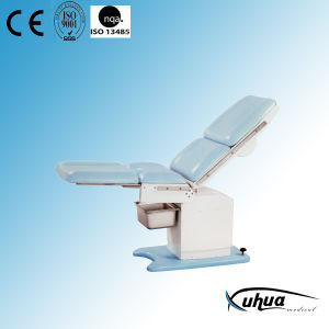 Electric Gynecological Examination Bed pictures & photos