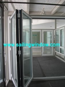 50 Series Sliding Folding Door pictures & photos