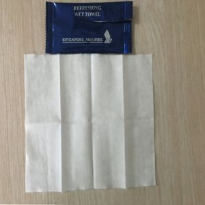 OEM Restaurant Airlaid Paper Wet Refreshing Towel Wet Tissue Wet Wipes pictures & photos