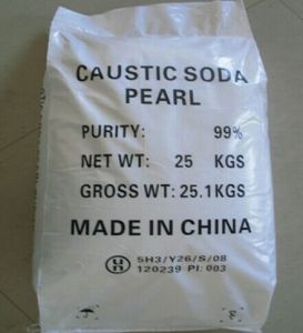 Water Treatment Caustic Soda Flakes and Pearls 99% pictures & photos