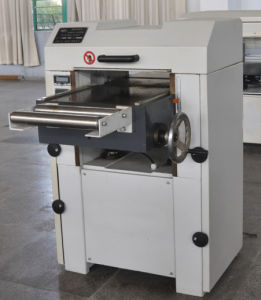 Superior Industrial Woodworking Electric Thicknesser Planer pictures & photos