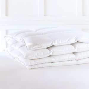 90% Goose Down and Feather Duvet/Comforter/Quilt pictures & photos