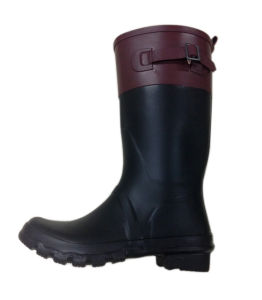 Fashionable Ladies Rain Boots pictures & photos