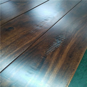 Hot Selling Walnut Color with Toothing Gain Solid Acacia Wood Flooring