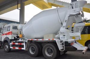 China Construction Machinery Beiben Cement Concrete Mixer Truck for Sale pictures & photos