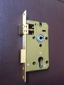 5845 Lock Body+68mm Cylinder Lock for Pakistan Market pictures & photos