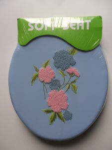 Embroidered PVC Soft Toilet Seat pictures & photos