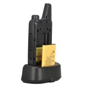 Handheld Type UHF Walkie Talkie pictures & photos