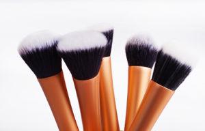 5PCS Luxury Gold Pretty Slim Waist Makeup Brushes Set pictures & photos