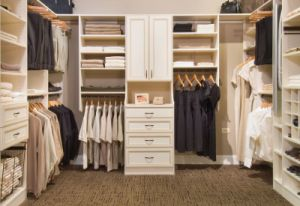 Custom Made Bedroom Robe Walk-in Closet pictures & photos
