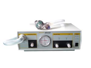 Favorable Price Medical Equipment Portable Ventilator pictures & photos