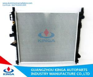 Best Selling Car Radiator for Benz Ml-Class W163 Ml270 ′ 98 - at pictures & photos