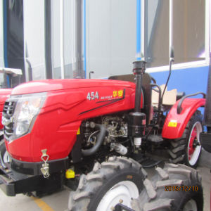 Huaxia 45HP 4WD Farm Tractor with Canopy CE Certifited pictures & photos