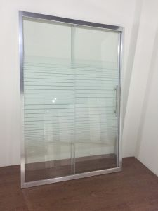 New Design Simple Glass Bath Screen (ADL-8019B) pictures & photos
