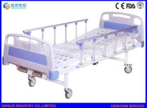 Medical Equipment Brake Castors Double Hand Crank Patient Hospital Bed pictures & photos