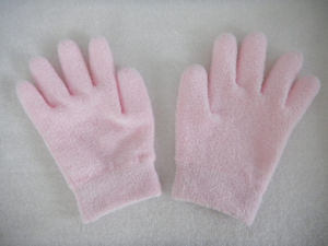 Supple Skin Cotton SPA Moisturizing Gel Gloves Gel Socks pictures & photos