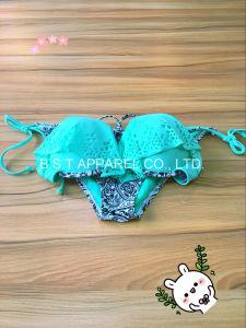 Sexy Two-Piece Bikini Swimwear (QG-6102W) pictures & photos