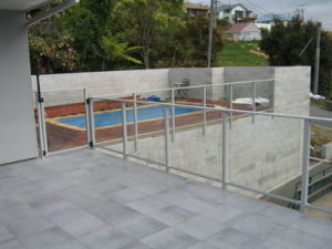 High Quality Powder Coated Free Maintenance Galvanized Glass Fence for Swimming Pool pictures & photos