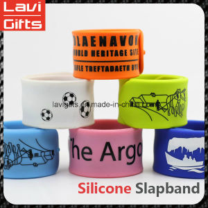 Colorful Fashion Custom Silicone Slapband pictures & photos