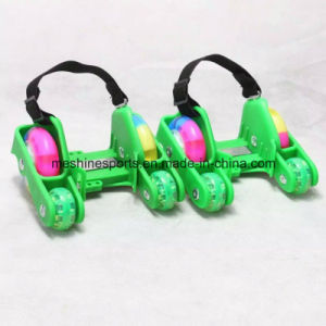 2017 New Colorful Adjustable 4 Wheel PU Flashing Roller Skate for Kids&Adults pictures & photos