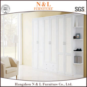 Three Sliding Doors Melamine Sliding Wardrobe pictures & photos
