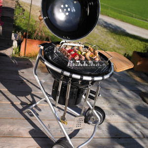 Outdoor Portable BBQ Charcoal Smoker Grill pictures & photos