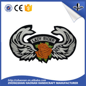 Guangdong Factory Direct Sale Good Quanlity Woven Label pictures & photos