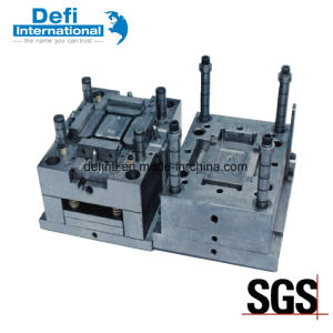 Plastic Injection Mould for Plastic Buckle pictures & photos