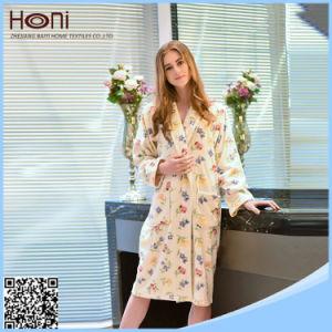 China Factory Wholesale OEM Customer Women Cotton Bathrobe pictures & photos