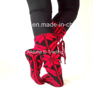 Custom New Design Hand Knit Ladies Angora Knee High Socks pictures & photos