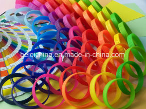 Popular Sport Silicone Wristband with Power Passion pictures & photos