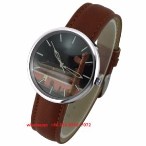 Fashionable Popular Quartz Watch with Genuine Leather Strap Fs521 pictures & photos