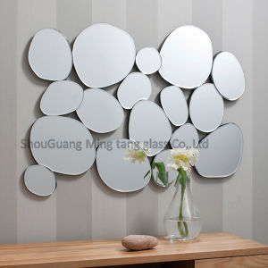 2017 Hot Price Solid Structure Glass Mirror Sheet pictures & photos