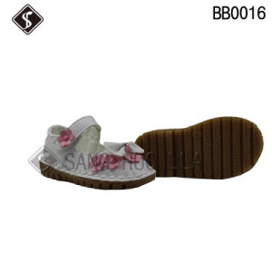 Good Quality Leather Upper Babies and Infant Sandal Shoes pictures & photos