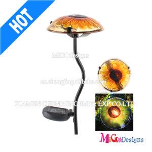 Metal Mushroom Light Decorative Garden Stake Solar Light pictures & photos