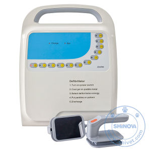 Veterinary Portable Biphasic Defibrillator Monitor (DM8A) pictures & photos
