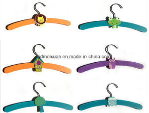 South Korea Hangers Pants Wearing Cute Animal Cartoon Wooden Hangers Children Hang Hanger Pet Baby Children′s Clothing Store (M-X3562) pictures & photos