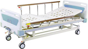 Medical Equipment Movable Two-Fuction Full-Fowler Hospital Bed pictures & photos