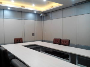Aluminum Sliding Partition Walls for Office Meeting Room, Conference Room pictures & photos