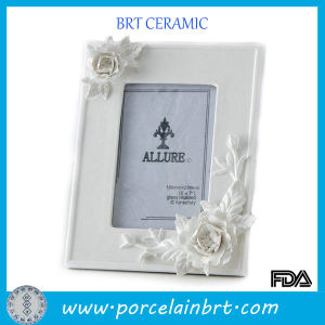 White Ceramic Flowers Sex Photo Frame pictures & photos