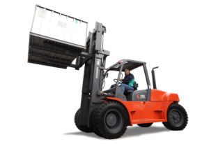 8.0-10.0 Ton Diesel Forklift with Chinese Engine pictures & photos
