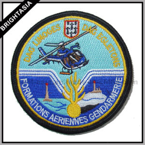 Quality Professional Clothing Label Embroidery Patch for Garment Accessory (BYH-10112) pictures & photos
