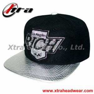 Snap Back Cap with Metal Thread Embroidery pictures & photos