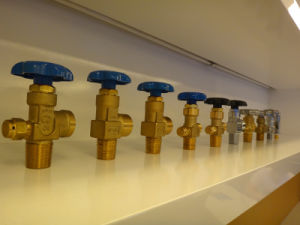 Qf Cga Oxygen Nitrogen Argon Gas Cylinder Valve pictures & photos