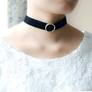 Black Suede Velvet Strand Gold/Silver Plated Alloy Circle Choker Necklace pictures & photos