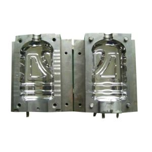 2 Cavity Bottle Blow Mold for Water Bottle pictures & photos
