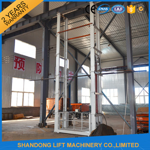 Vertical Hydraulic Warehouse Platform Lift with High Quality pictures & photos