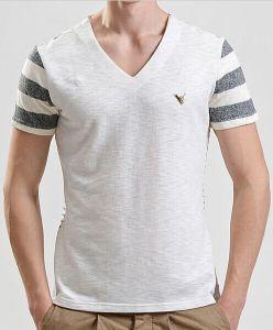 Men Fashion V-Neck Cotton Printed Stripe Short Sleeve T-Shirt pictures & photos